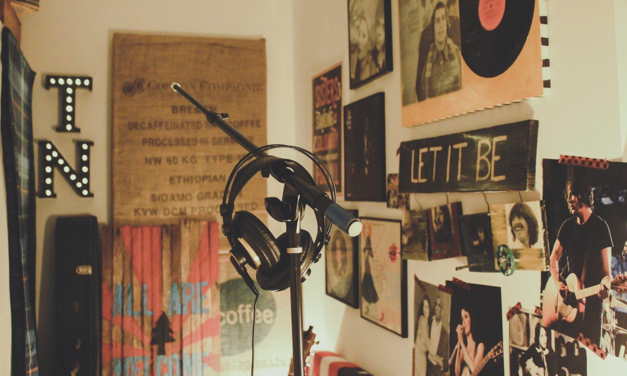 Radio B66